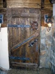 """Дверь под старину """"Яромила"""""""