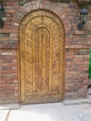 """Дверь под старину """"Есения"""""""