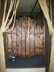 Двери распашные под старину