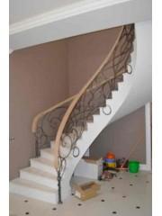Лестница из массива дуба мод. 13