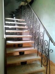 Лестница из массива дуба мод. 14