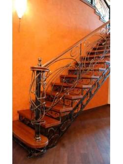 Лестница из массива дуба мод. 23