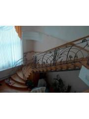 Лестница из массива дуба мод. 25