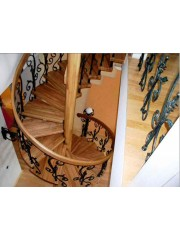 Лестница из массива дуба мод. 26